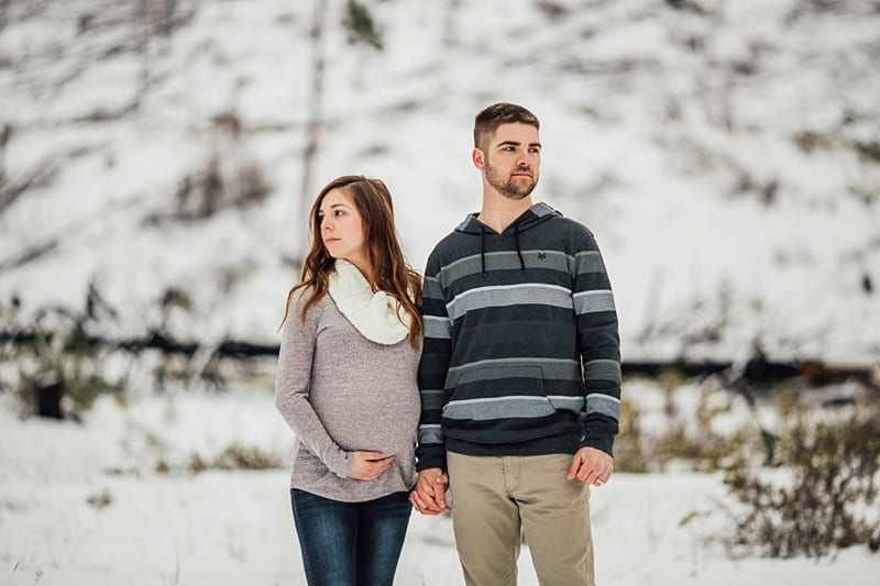 Kelowna Maternity Newborn Photographers Okanagan Engagement Photographer_2345